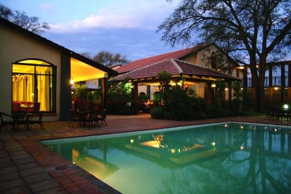 Protea pool