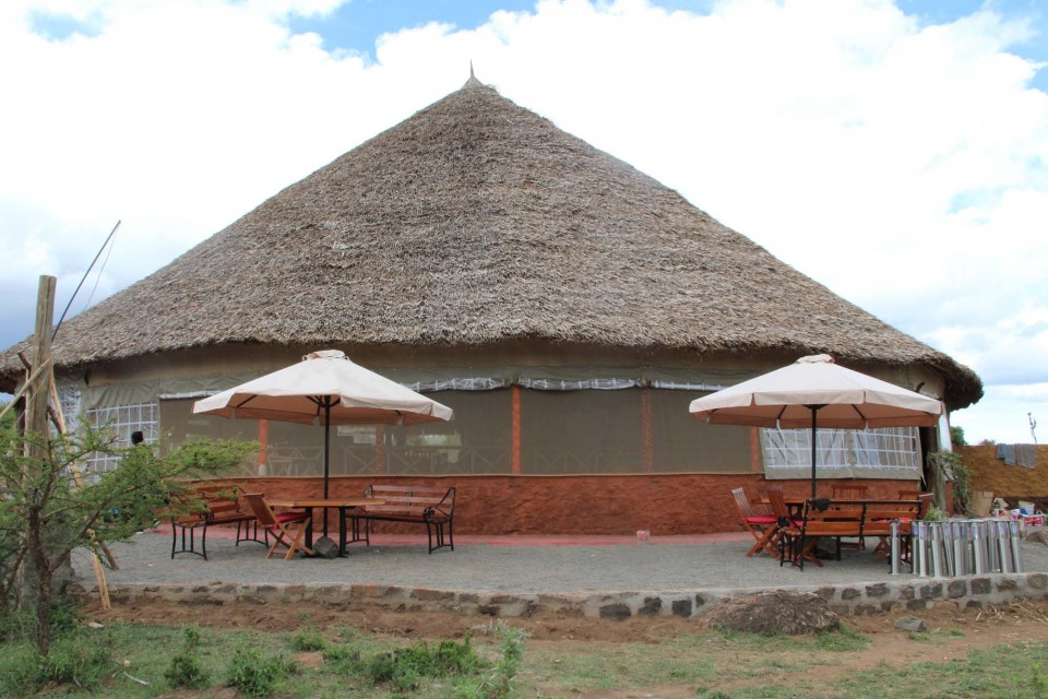 Mara camp dining room