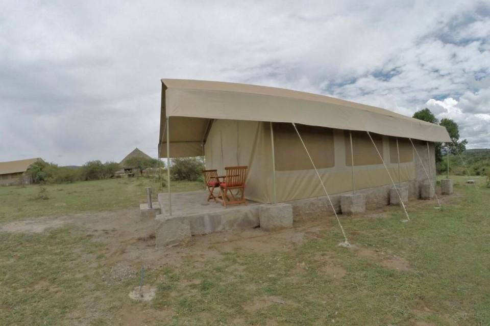 Tent at Mara