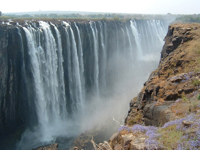 Victoria falls  by only_point_five