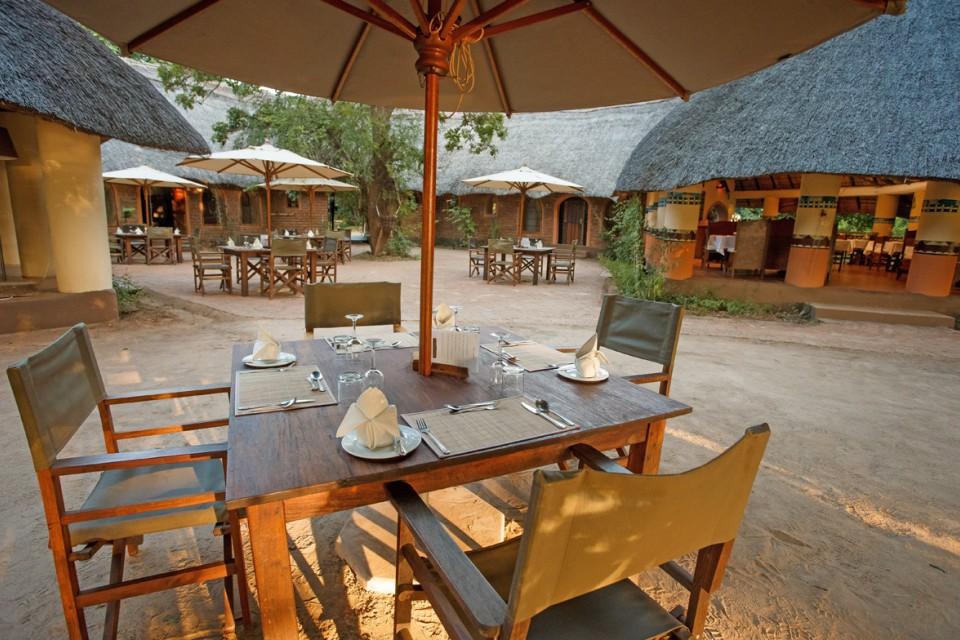Restaurant courtyard