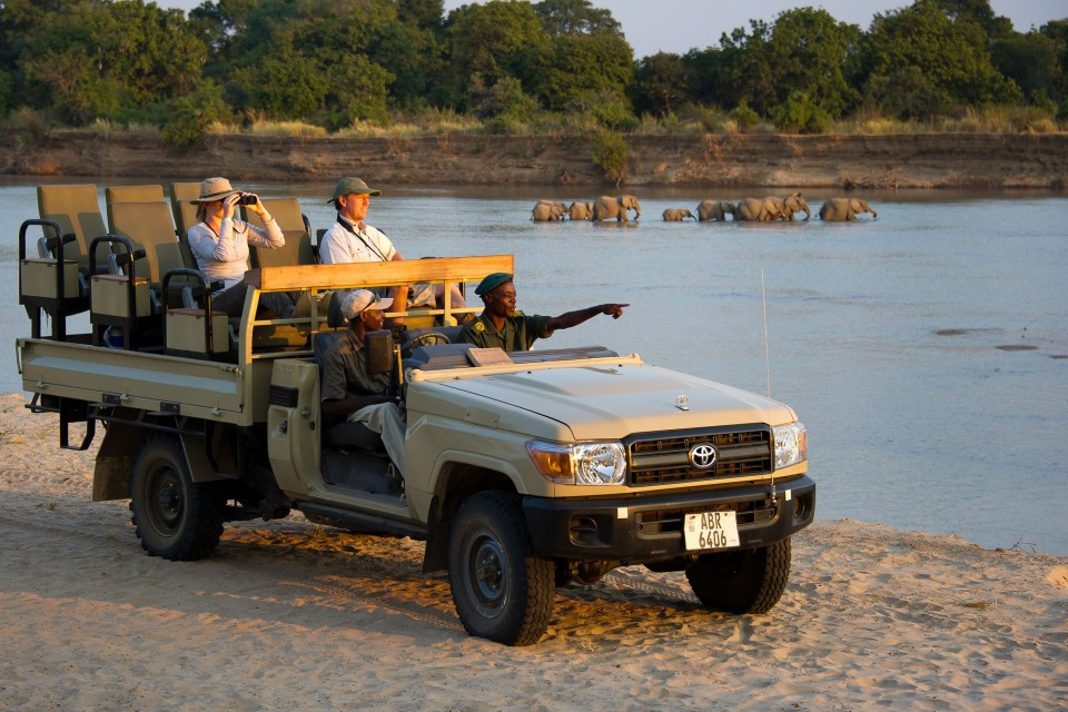 Game drive along the river