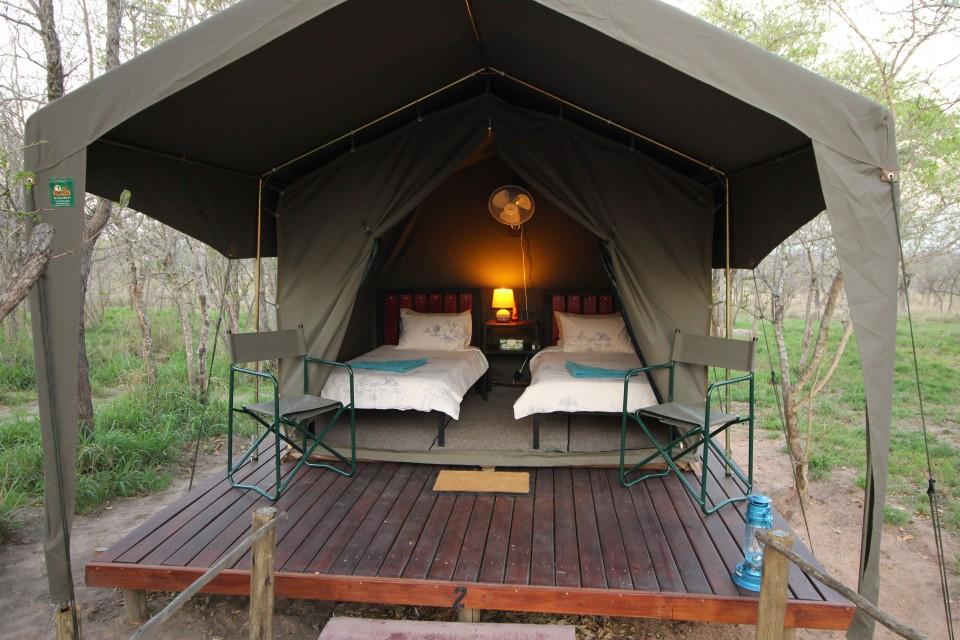 Eco camp tent