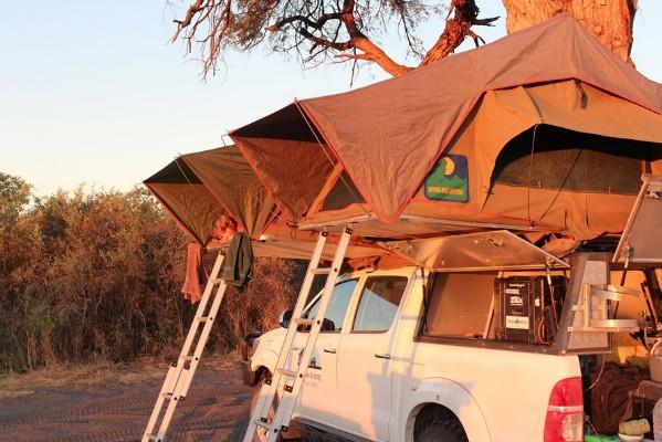 Liuwa vehicle with tent