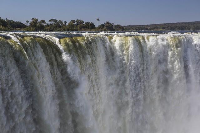 Vic Falls  by ninara