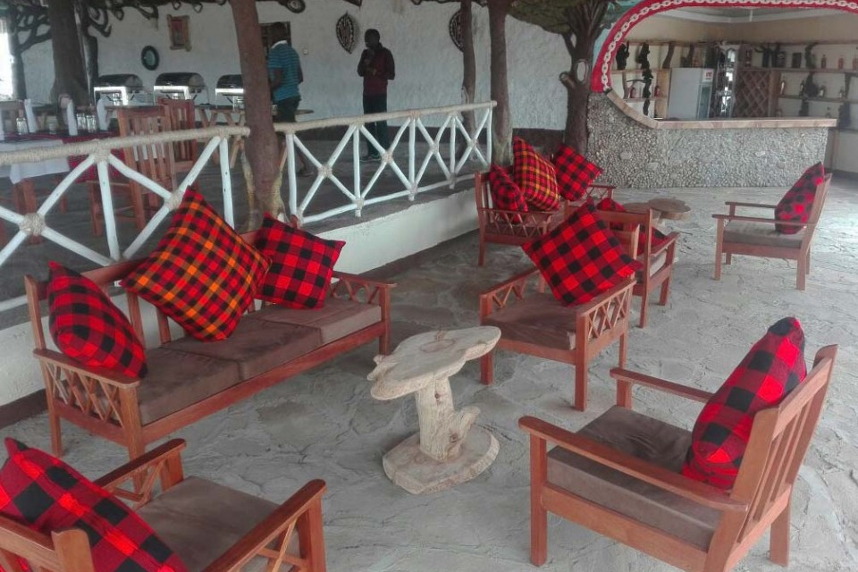 Mara camp lounge