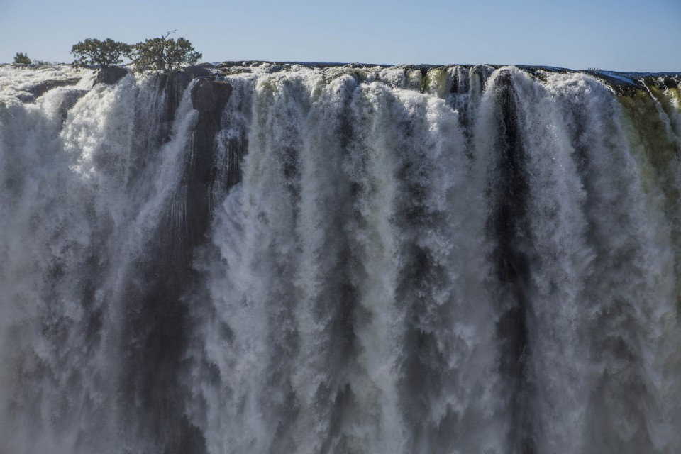 Vic Falls  by Ninara