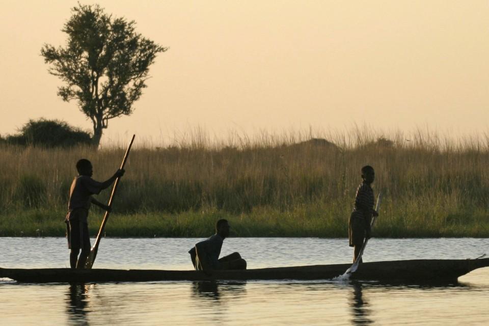Mokoro chobe river