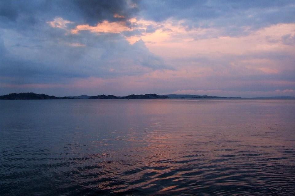 Lake Victoria  by Jonathan Stonehouse