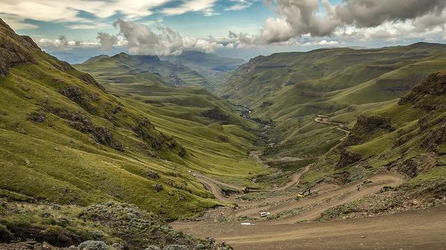 Sani Pass  by Maarten Elings