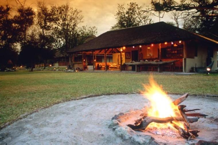 Maun campfire