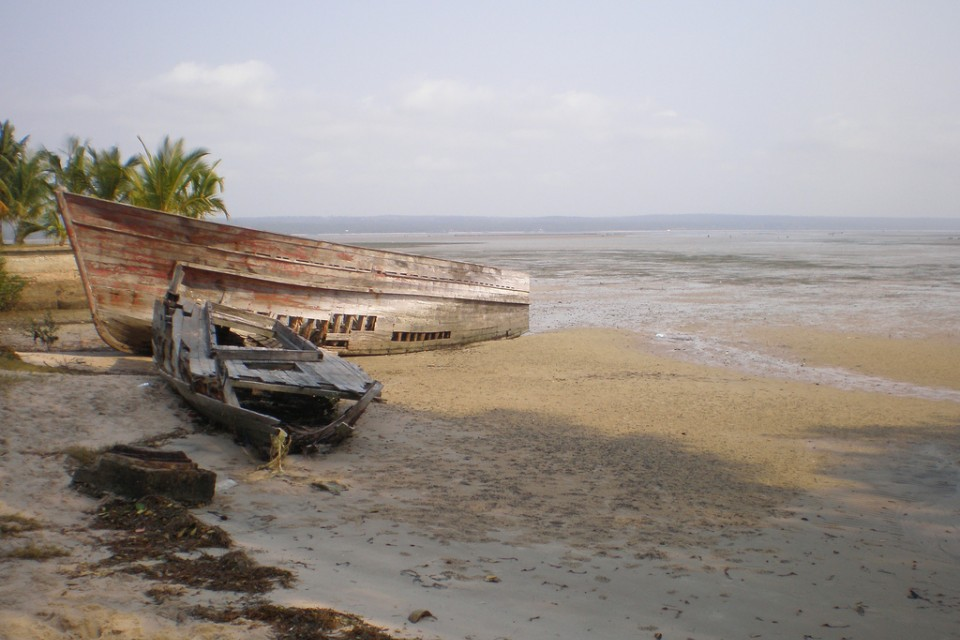 Boat on beach  by afronie