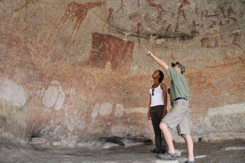 Motopos bushman paintings